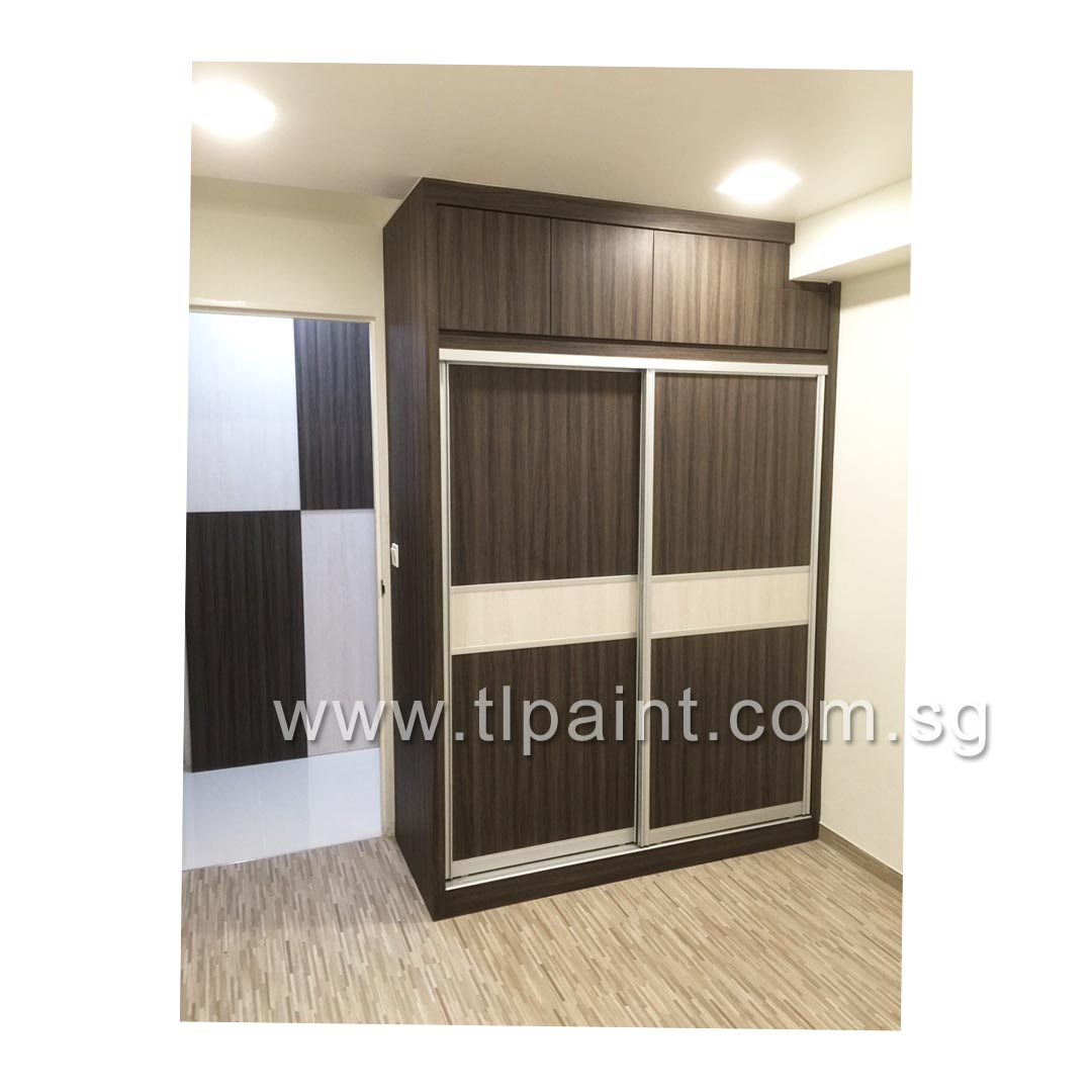 Professional Exterior Painting Services: Bedroom With Striped Wood Grains